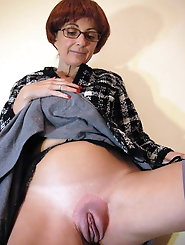Mature mistresses love blowjob so much
