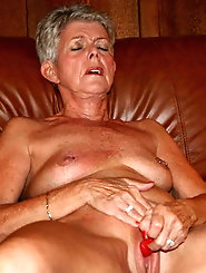 Mature mistresses are baring it all on picture