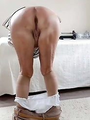 Skinny moms are getting pleasure on cam