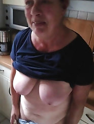 Skinny mature mommies look fuckable