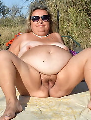 Awesome-looking gilf was fucked